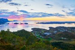 Utsikt fra Svartnakken -  Julsundet